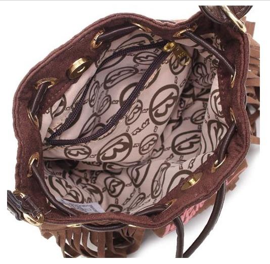 Bolsa Com Franjas Larissa Manoela - R  89,99 em Mercado Livre 94893821b4