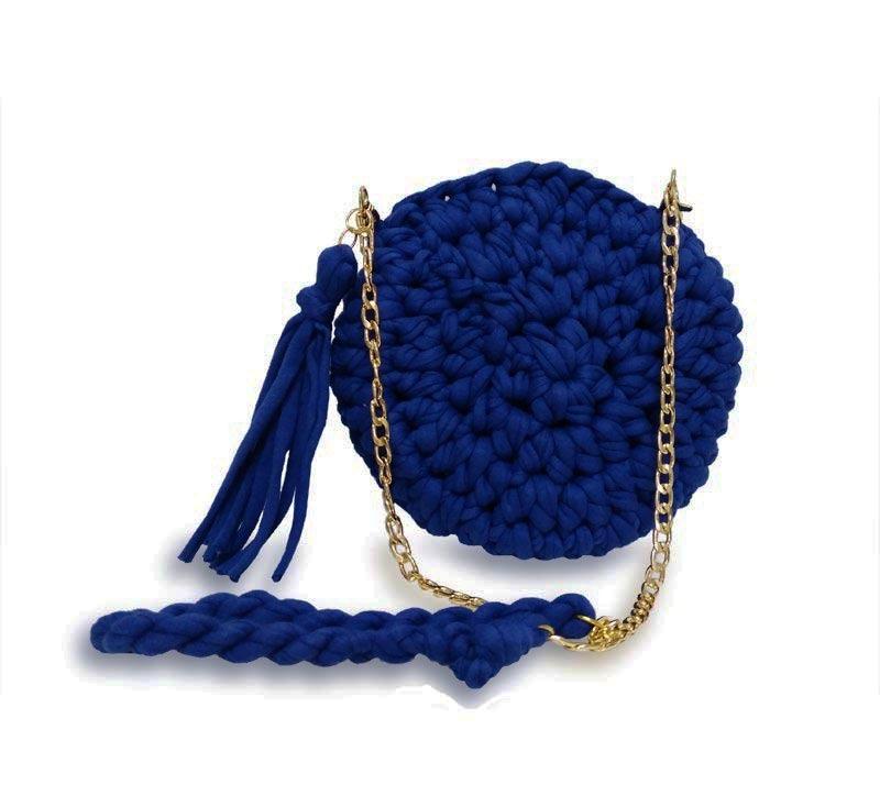 b38d26305bc bolsa de croche transversal redonda a tiracolo azul feminina. Carregando  zoom.