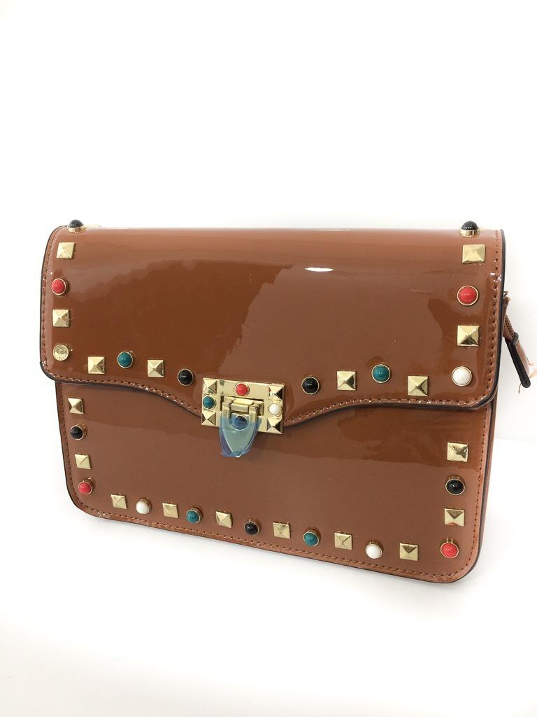 9789c3e74 bolsa de lado feminina verniz caramelo pedraria colorida. Carregando zoom.