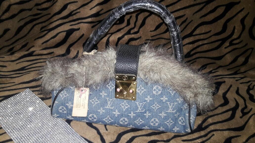 c37820378 Bolsa De Marca Louis Vuitton Jeans .muito Linda! - R$ 290,00 em ...