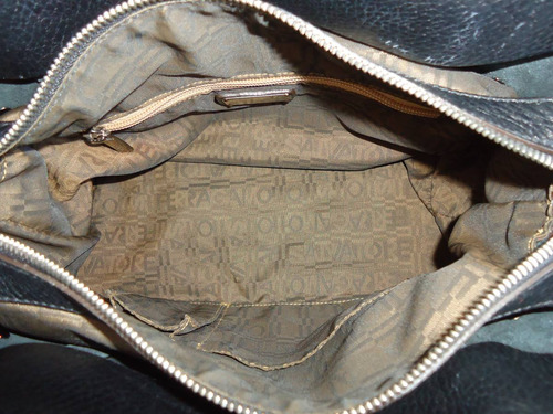 bolsa de mão em couro natural salvatore ferragamo