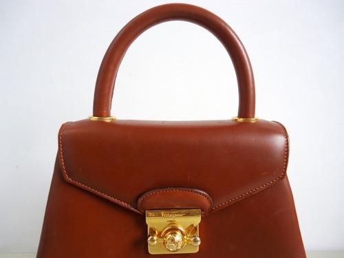 Bolsa De Mão Em Couro Natural Salvatore Ferragamo (marrom)!! - R ... 05ca43ce90