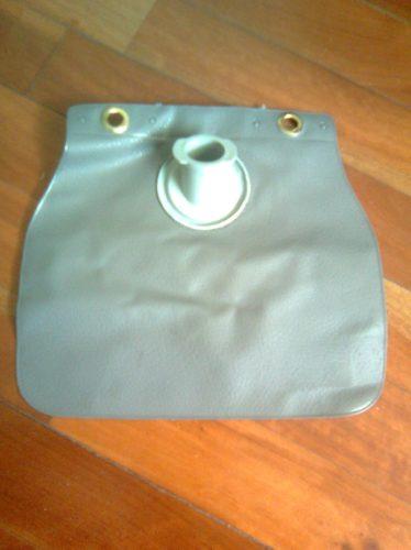 bolsa deposito limpiaparabrisas 1500 y 1600
