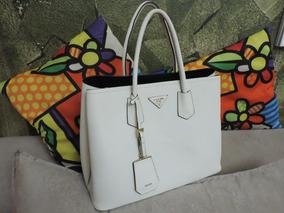 df82bd34c Dust Bag Prada - Calçados, Roupas e Bolsas no Mercado Livre Brasil