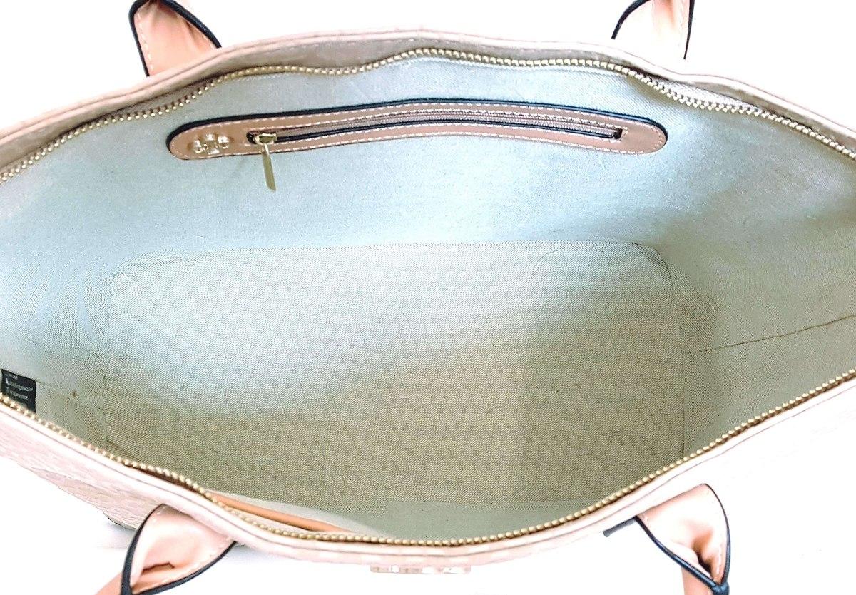 bf6c052cb bolsa feminina capodarte grande básica monograma alto relevo. Carregando  zoom... bolsa feminina capodarte. Carregando zoom.