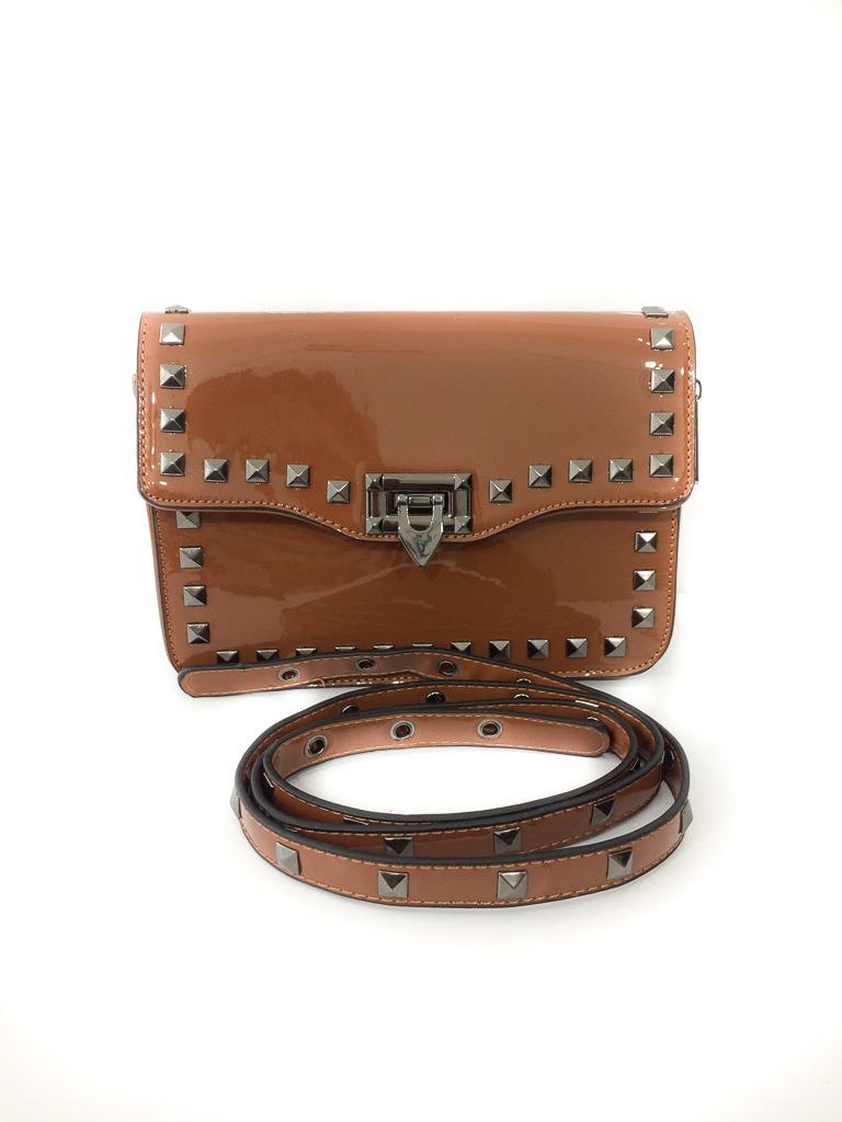 e10608f55 Bolsa Feminina Caramelo Verniz Spikes - R$ 60,00 em Mercado Livre