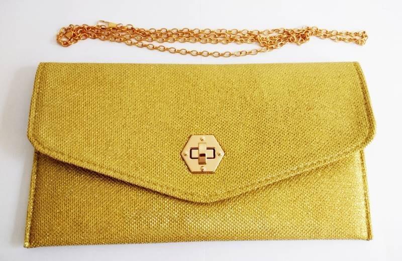 4b6dff9b6 bolsa feminina clutch festa tiracolo carteira strass dourada. Carregando  zoom.