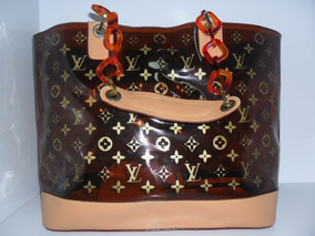 3d2e397b4 Bolsas Femininas Novas - Bolsa Outras Marcas em Jaguariúna, Usado no ...