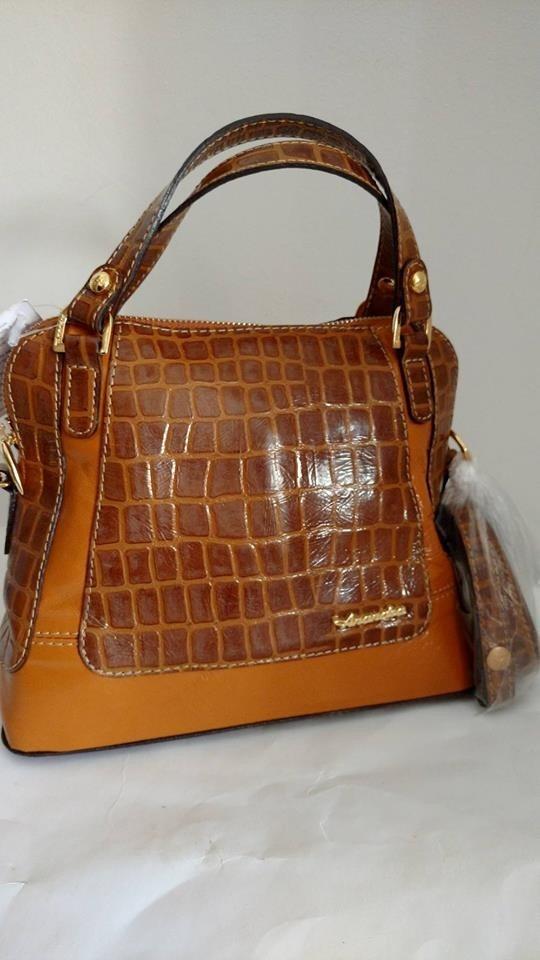 bolsa feminina de couro anandra pietra. Carregando zoom. bd2e393acd9