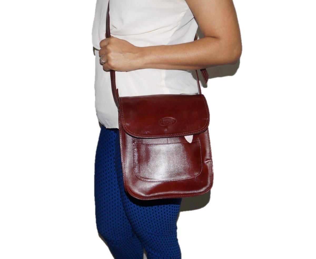950b46f44 bolsa feminina em couro legítimo transversal tiracolo lado. Carregando zoom.