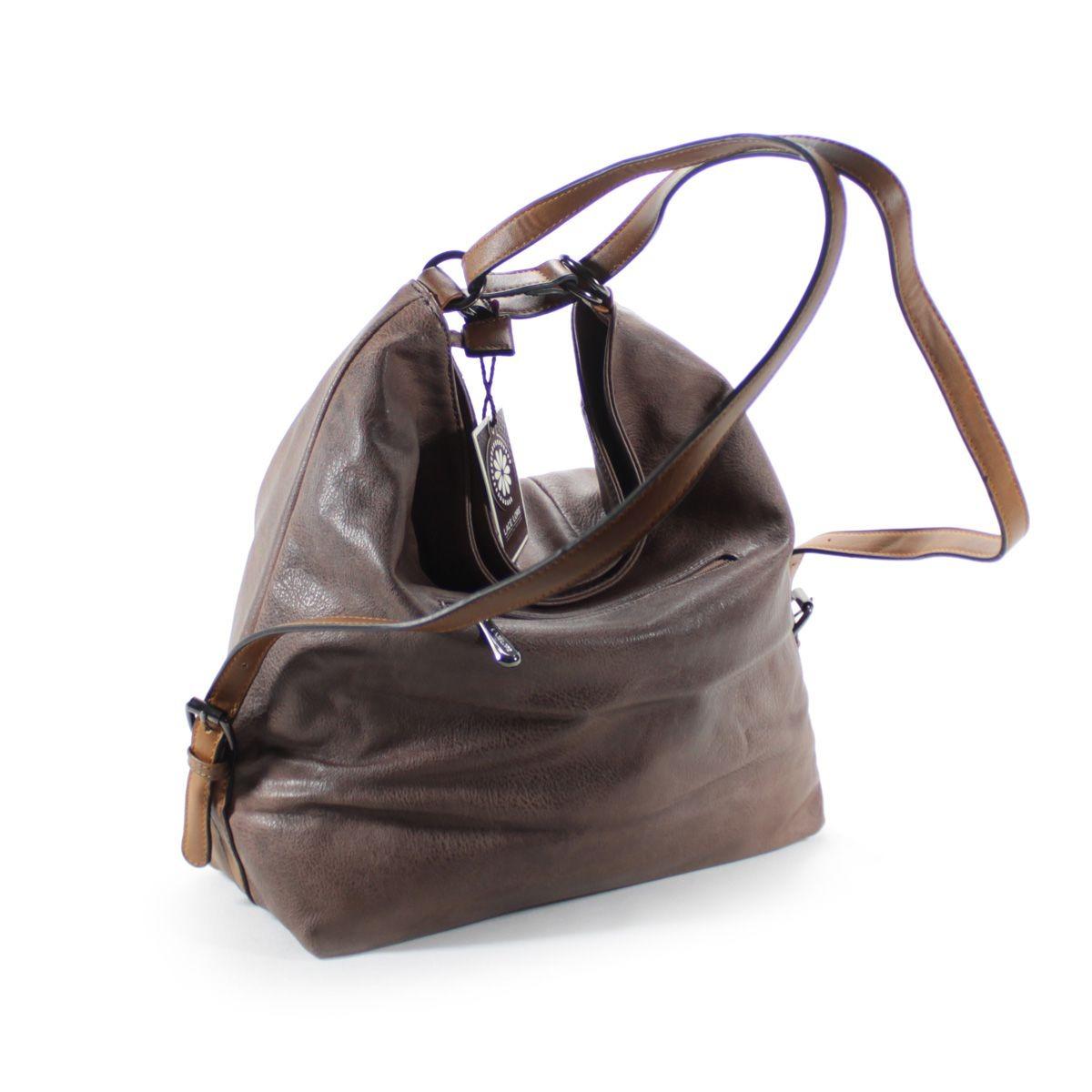 ea3f6a4d21 bolsa feminina grande couro ecologico bolsa e mochila - nova. Carregando  zoom.