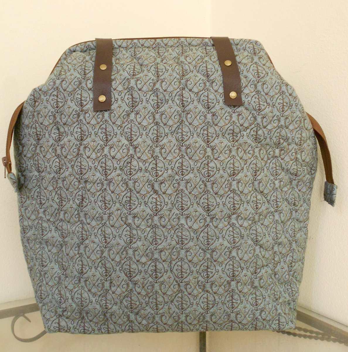 4dfbe73db bolsa feminina grande couro tecido importado patchwork. Carregando zoom.