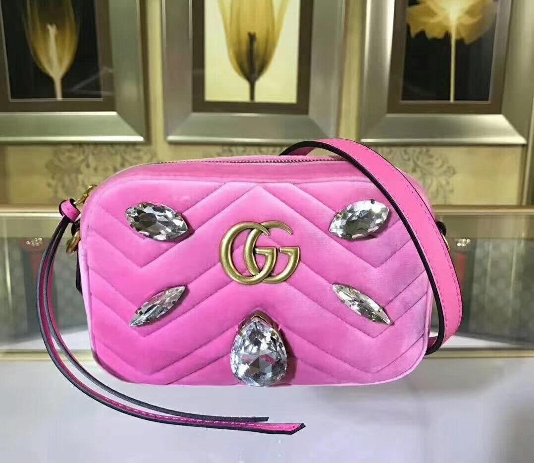 90e3a52ed Bolsa Feminina Gucci - Gg Marmont Mini Bag 100 - R$ 3.892,00 em ...