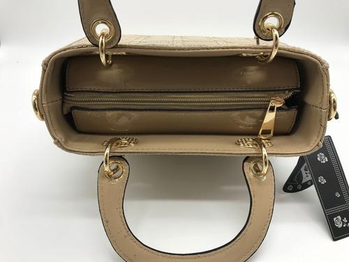 bolsa feminina invernizada quadradinha  dio#r
