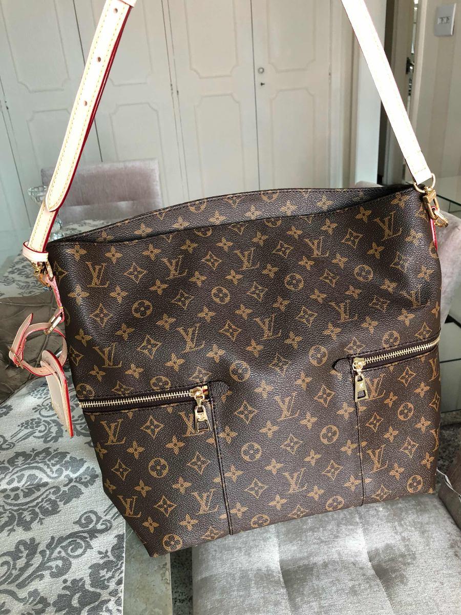 6e27206ce Bolsa Feminina Louis Vuitton- Importada Marca Luxo - R$ 830,00 em ...