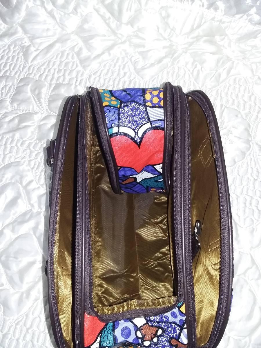bolsa feminina mala de mão viagem maternidade +super brinde. Carregando  zoom. 900922d151e