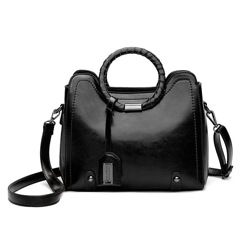 c5b3e8948 bolsa feminina media couro verniz envernizada social preta. Carregando zoom.