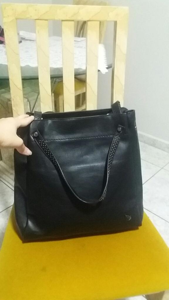 dc673f132 bolsa grande preta feminina com alça de ombro couro ecológic. Carregando  zoom.