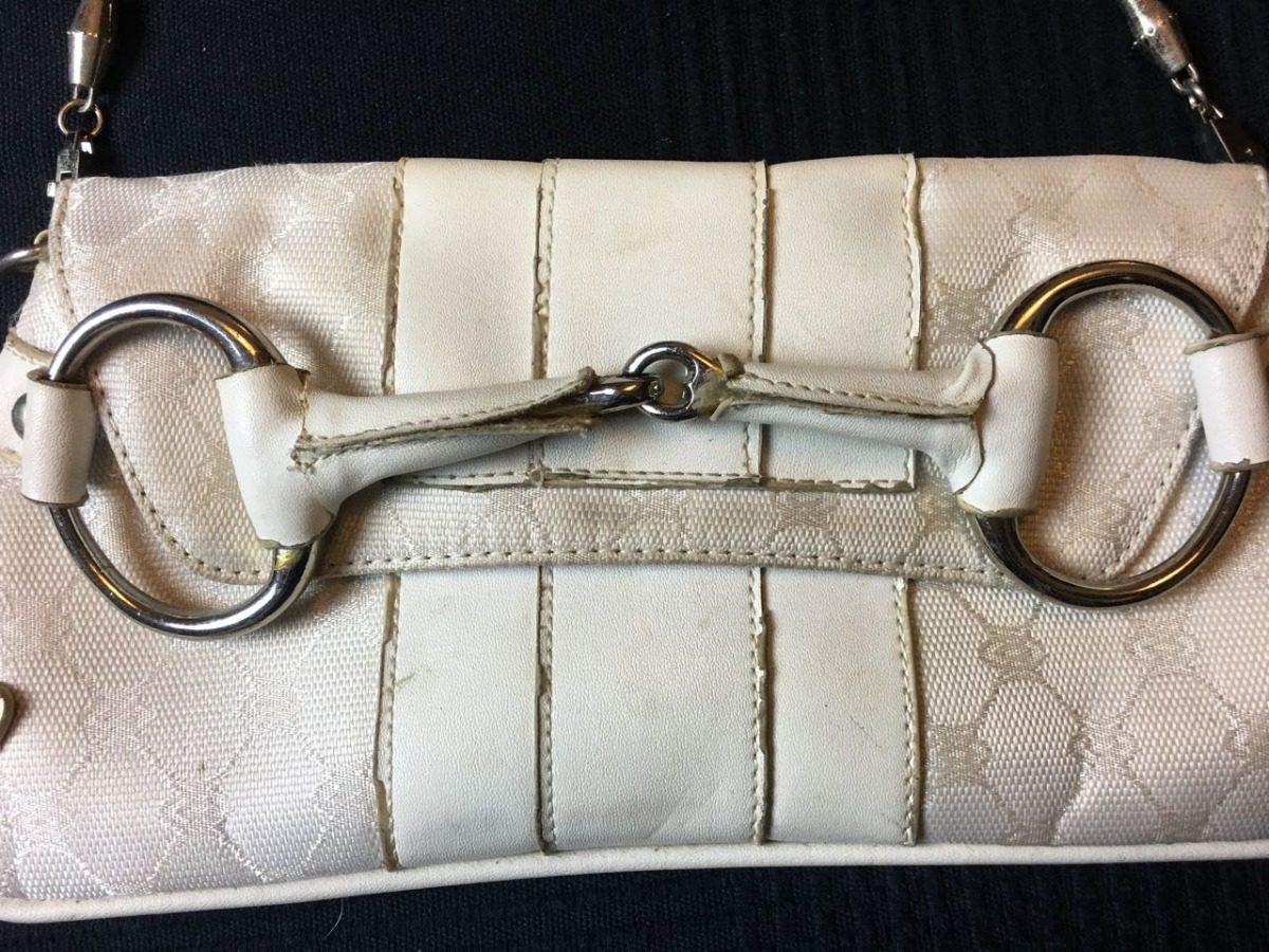 f509236af Bolsa Gucci - Modelo Clutch Branca Bolsa De Tecido - R$ 80,00 em ...