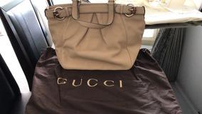 b69d7026e8 Bolsa Gucci Modelo Tradicional Femininas - Bolsas de Couro Prateado ...