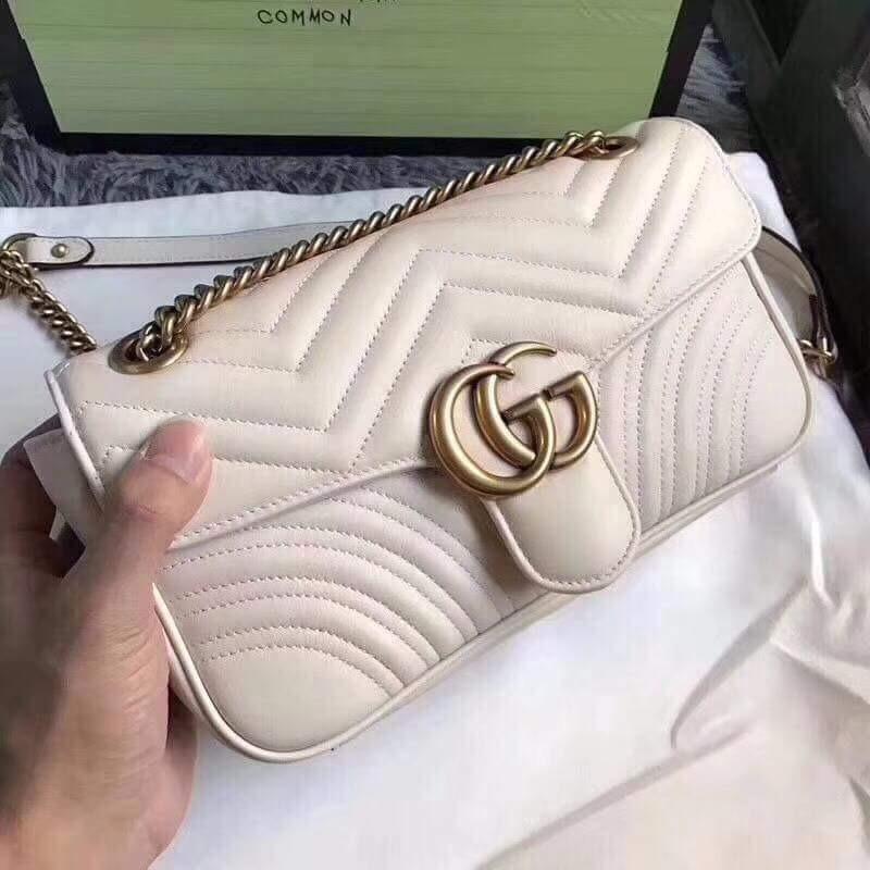 dd04fee21 Bolsa Gucci Marmont Branca Grife Moda Feminina - R$ 1.000,00 em ...