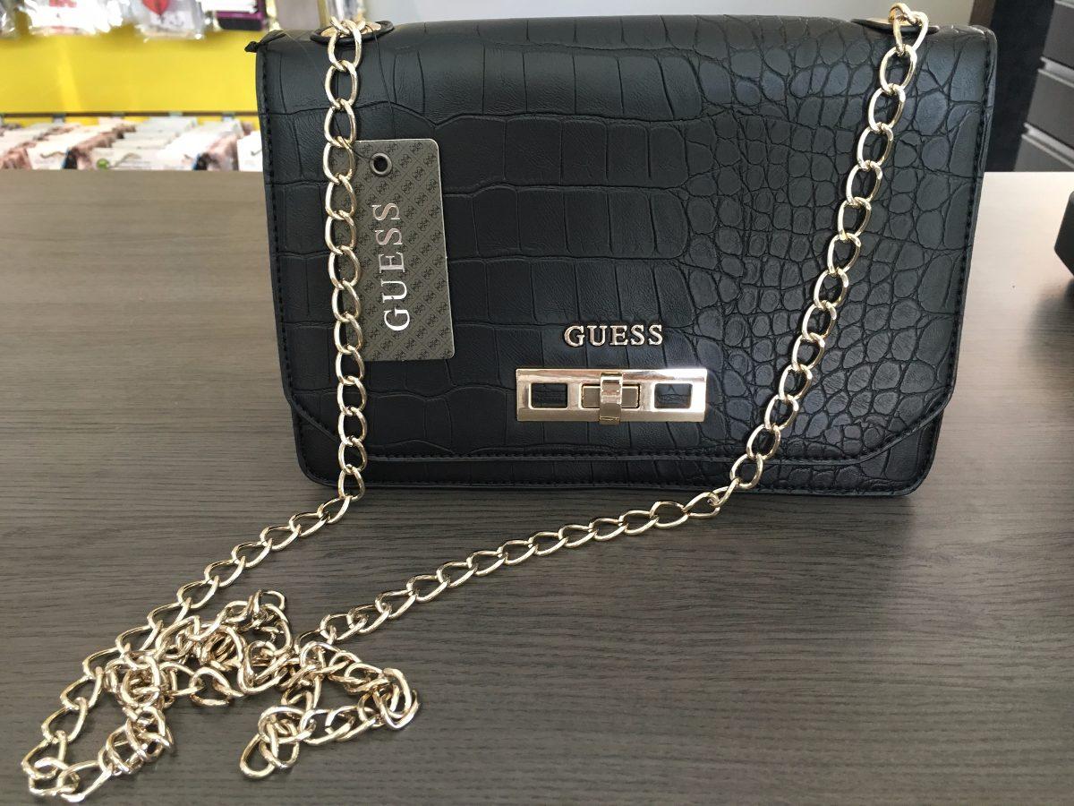 Bolsa Feminina De Couro Guess : Bolsa guess original couro preta corrente cm r