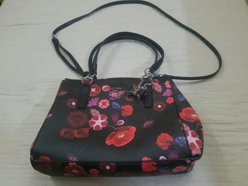 0f14b055d Bolsa Guess Flores Original Importada Dos Eua - R$ 399,99 em Mercado ...