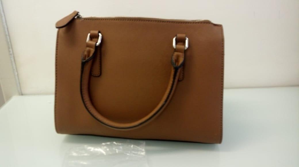 efc492873 Bolsa Guess Marrom Original E Importada - R$ 650,00 em Mercado Livre