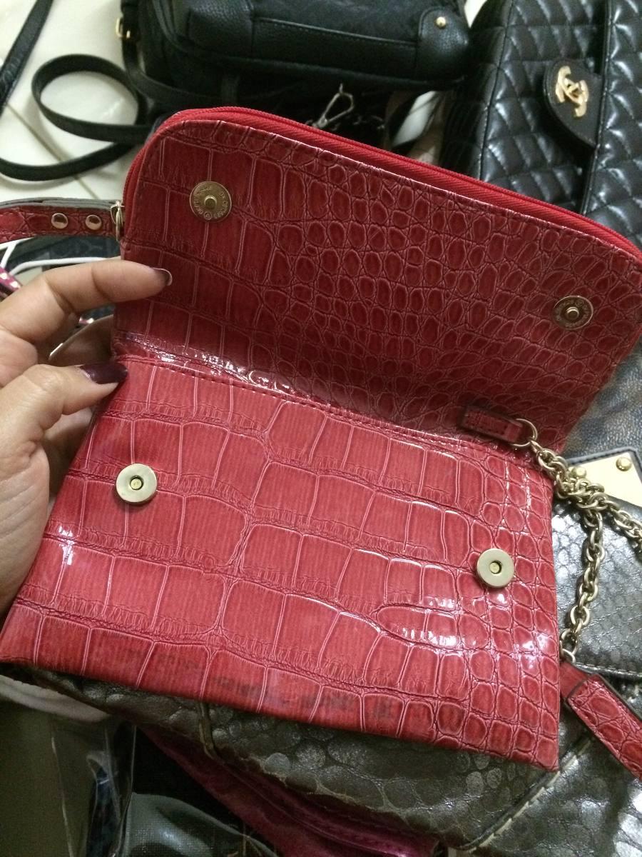 bolsa guess vermelha de mão festa laço verniz compartimentos. Carregando  zoom. 63ebe2b1898