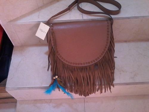 bolsa holly land, 30x24cms, color camel.