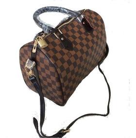 1effba4da0a Bolsa Transversal Supreme Louis Vuitton - Bolsas com o Melhores Preços no  Mercado Livre Brasil