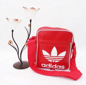 d4251ea03 Bolsa Carteiro Adidas Small - Calçados, Roupas e Bolsas no Mercado ...