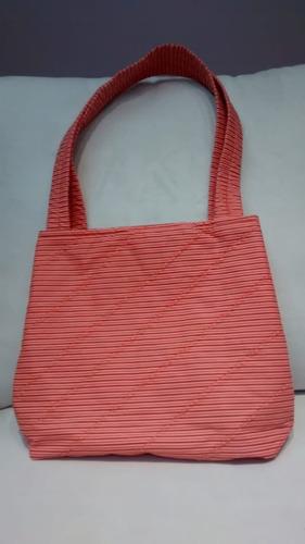 bolsa laranja e marron de tecido