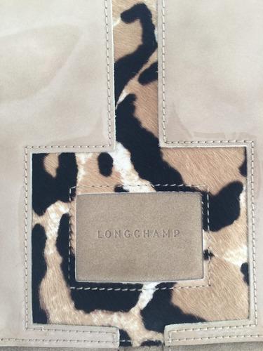 bolsa longchamp natural y sofisticada, charol y gamuza