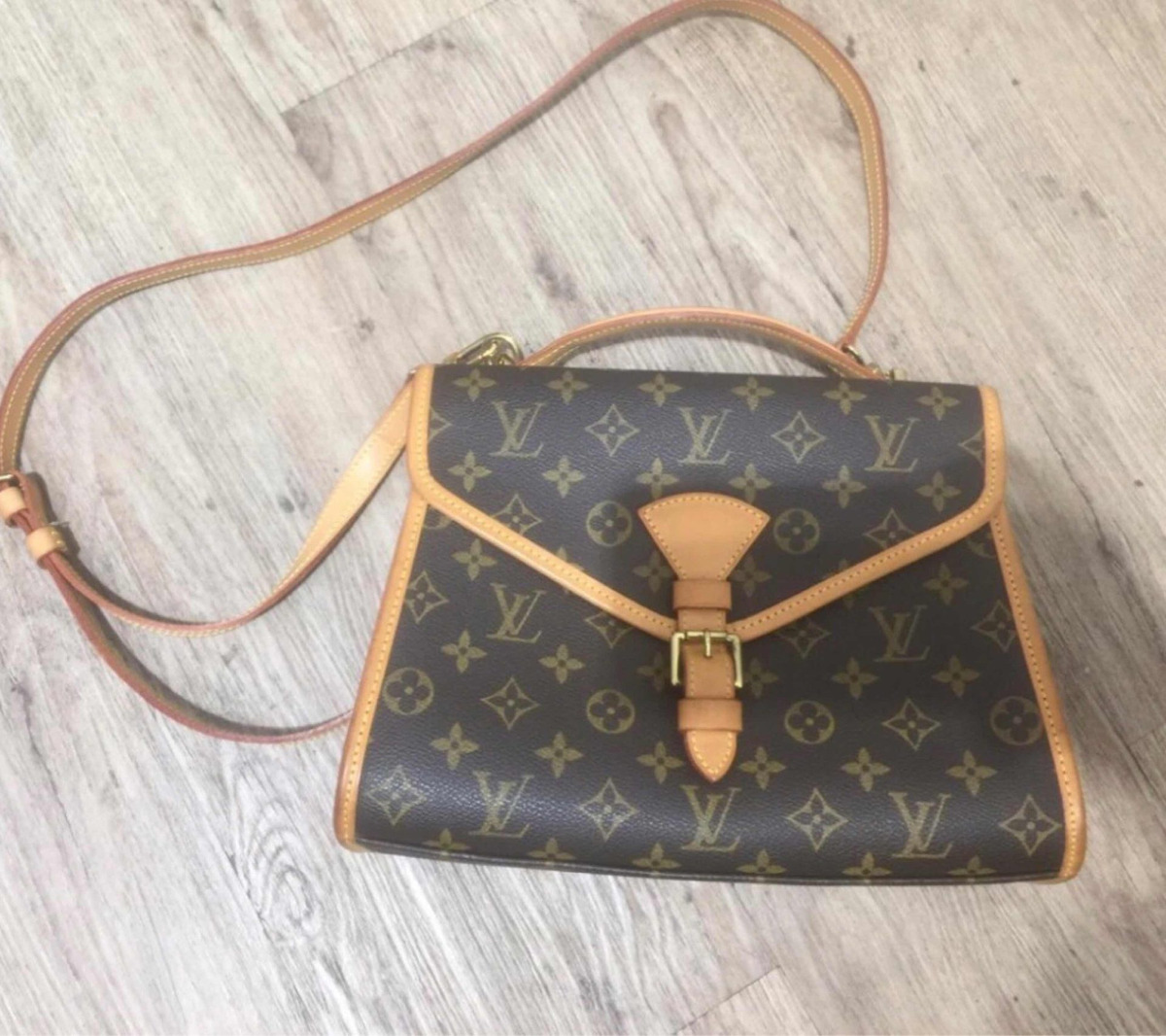 b1fc2c322 Bolsa Louis Vuitton Bel Air 2way Business Monogram - R$ 2.890,00 em ...
