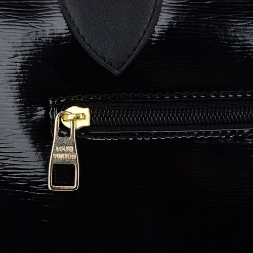 b9fe7936e Bolsa Louis Vuitton Supreme Full Coleção Nova Linda - R$ 119,99 em ...