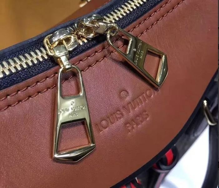 15b4dd24b Bolsa Louis Vuitton Tuileries Monogram Couro Legítimo - R$ 1.389,00 ...