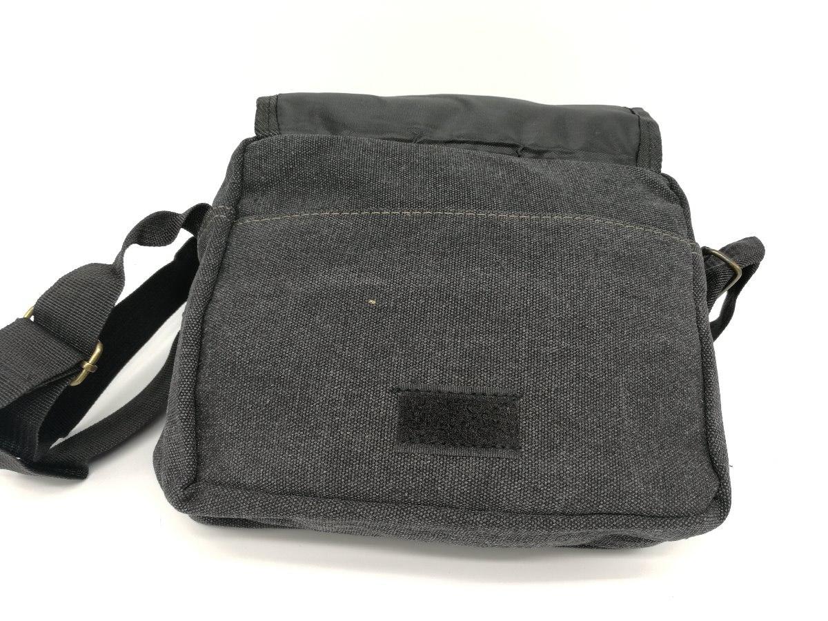 5e2e62a1d bolsa masculina pequena nylon tiracolo transversal sport. Carregando zoom.