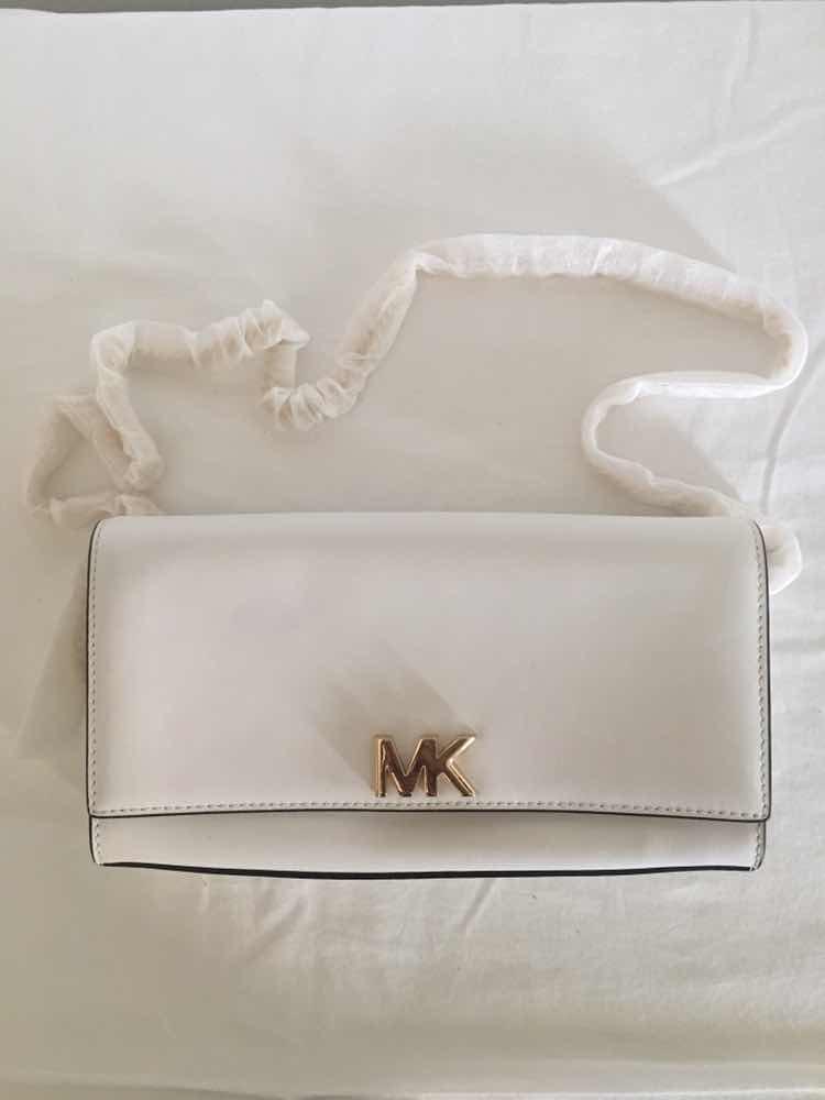 f0769fbe8 Bolsa Michael Kors New Optic White Couro Branco Original - R$ 900,00 ...