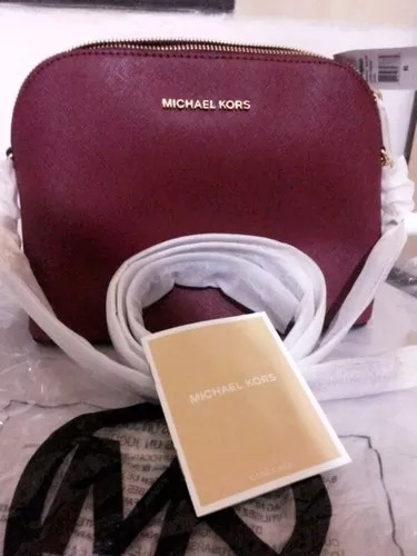 Bolsa Michael Kors Promoção - R  690,00 em Mercado Livre 8c24087825