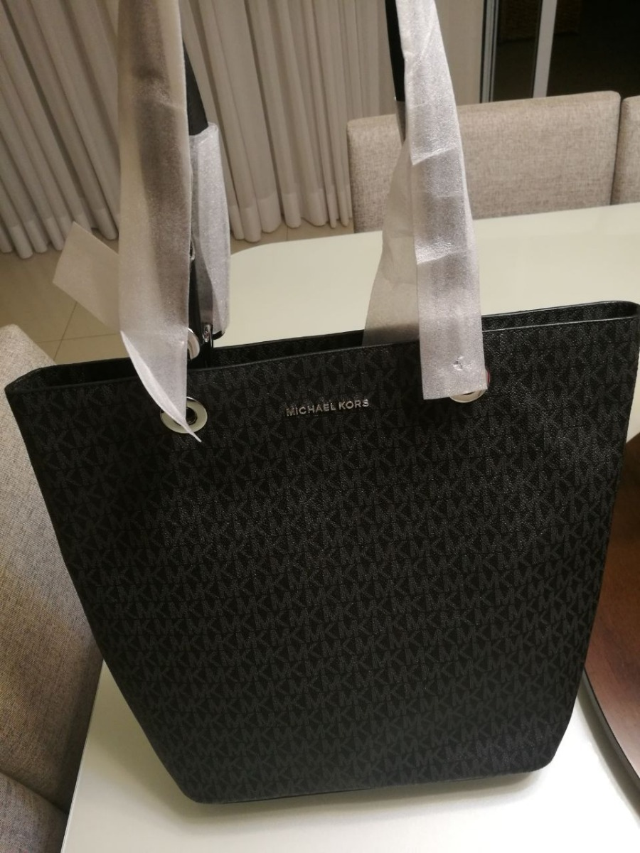 b169b35de bolsa michael kors signature raven large top tote - original. Carregando  zoom.