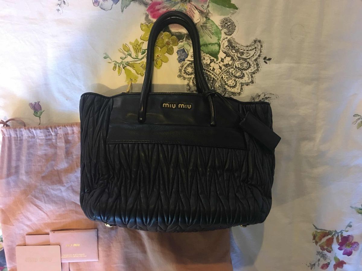 5e31874890238 Bolsa Miu Miu Negra De Piel Original -   11,500.00 en Mercado Libre