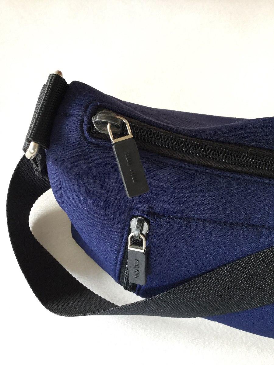bolsa miu miu original de neoprene azul com alças pretas. Carregando zoom. 2eb440ffb7