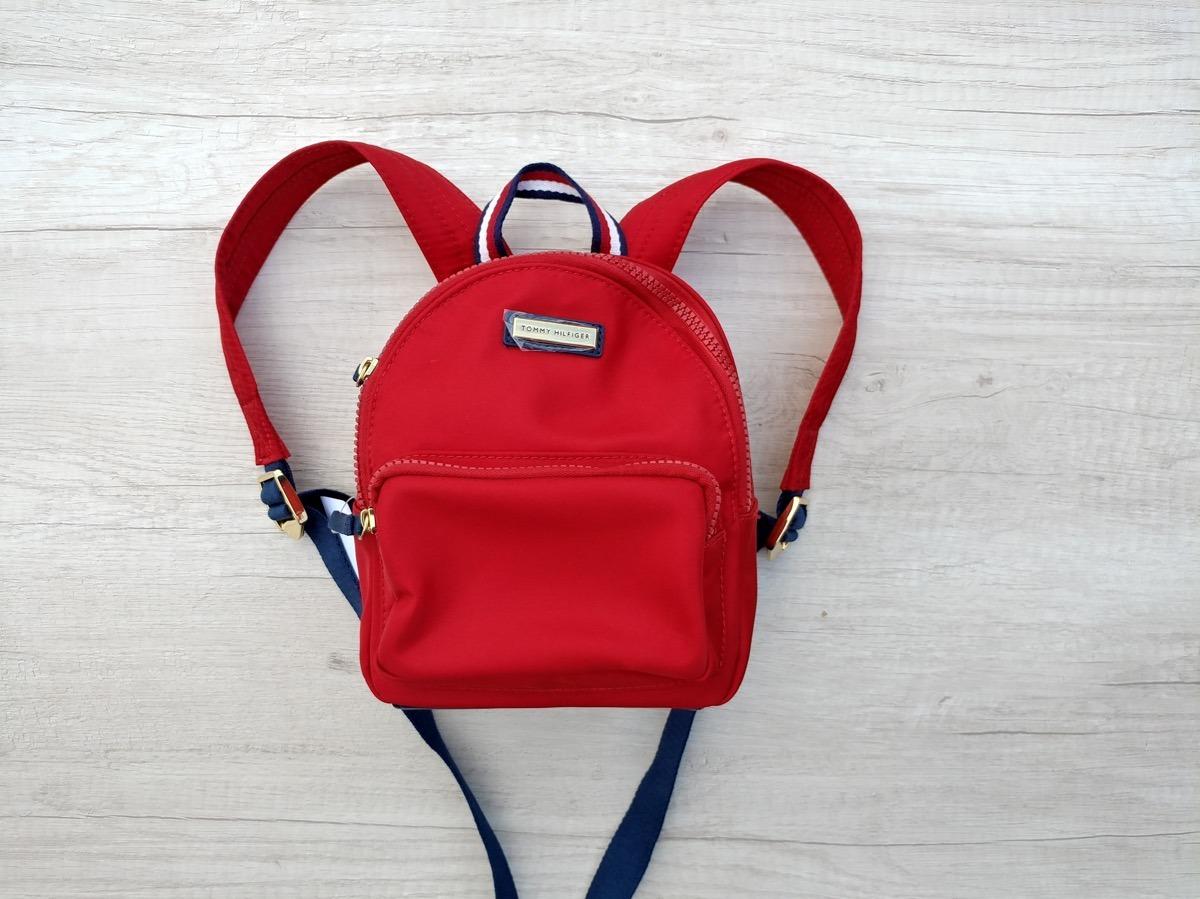 2a6252265ab bolsa mochila chiquita rojo básico tommy hilfiger original. Cargando zoom.