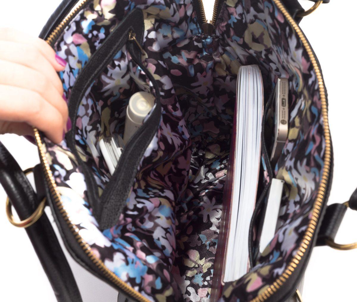 c00623dc0 bolsa mochila feminina de couro legítimo preta. Carregando zoom.