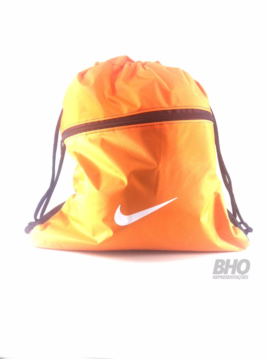 b689c5cac bolsa mochila sacola nike laranja para chuteiras bags. Carregando zoom.