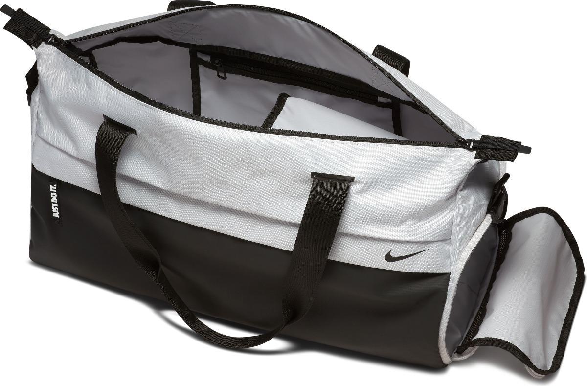 f8af04966 Bolsa Nike Radiate Club Feminina - R$ 199,00 em Mercado Livre