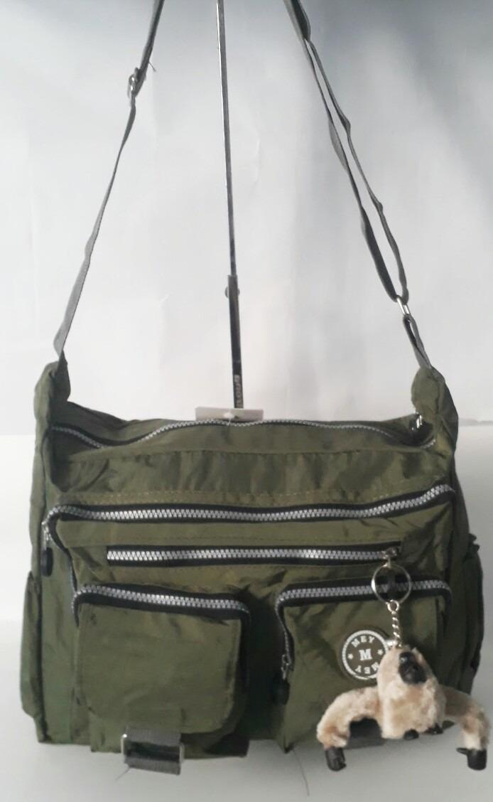 939a5e39a bolsa nylon chaveiro macaco feminina tiracolo grande. Carregando zoom.