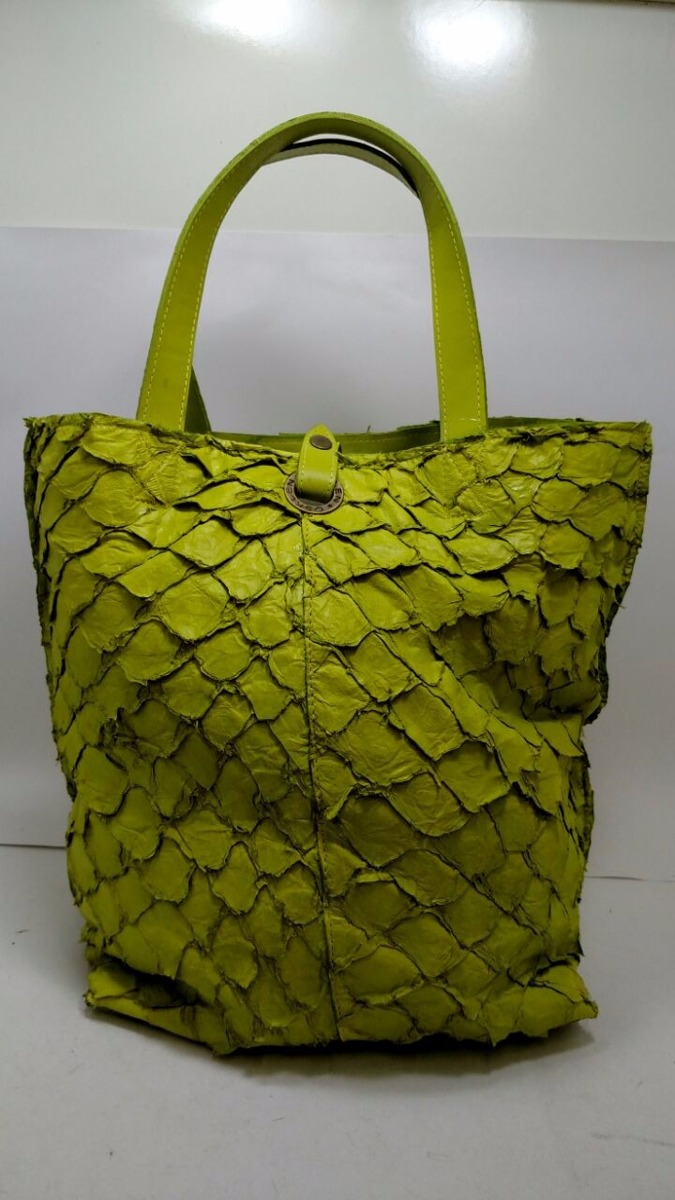 Bolsa Feminina Osklen : Bolsa osklen de couro pirarucu r em mercado livre