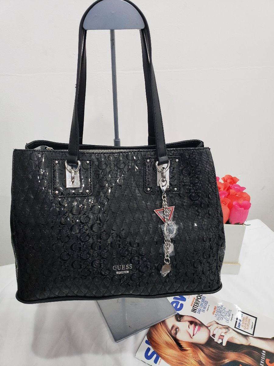 25134772 Bolsa Para Dama Guess Negra Brillante Original - $ 1,950.00 en ...